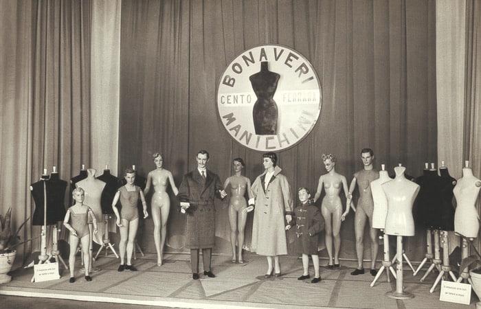 An early Bonaveri Exhibition