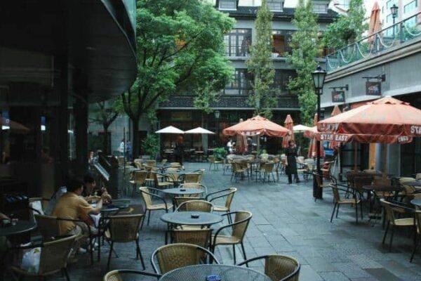 https://bonaveri.com/wp-content/uploads/2015/07/04203526/cropped-Xintiandi_Cafes.jpg