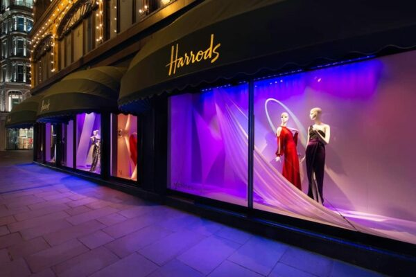 https://bonaveri.com/wp-content/uploads/2015/09/04205010/cropped-harrods-09.jpg