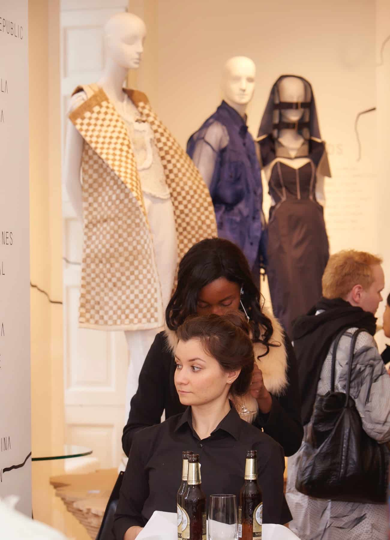 Aloof mannequins ifs16 curator award 2016