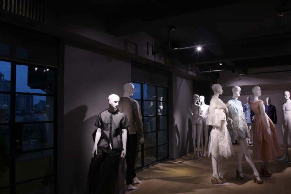 https://img.bonaveri.com/wp-content/uploads/2016/04/04204215/cropped-bonaveri-shanghai-china-mannequins-17.jpg
