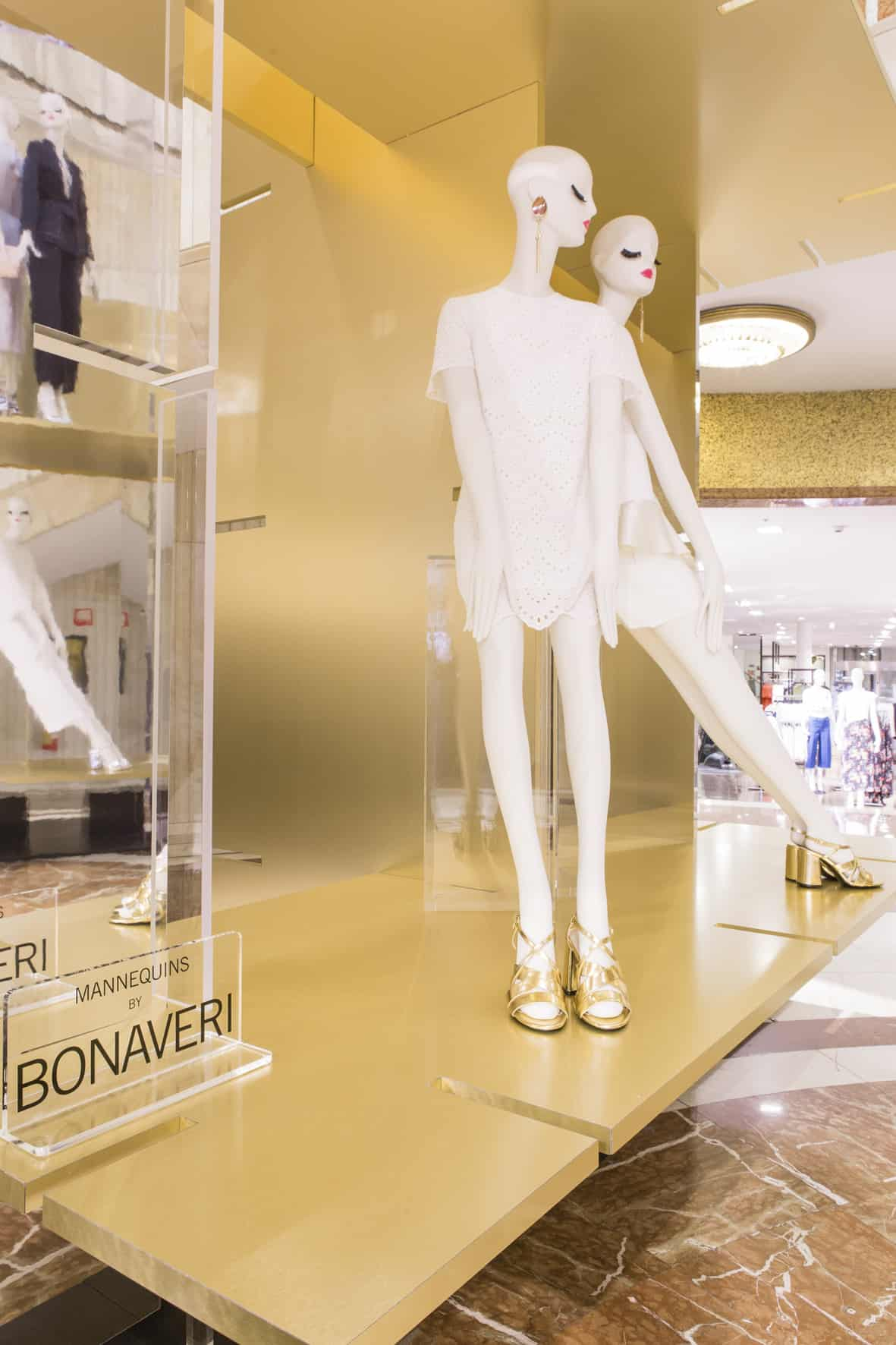 aloof mannequins for zara milan design week