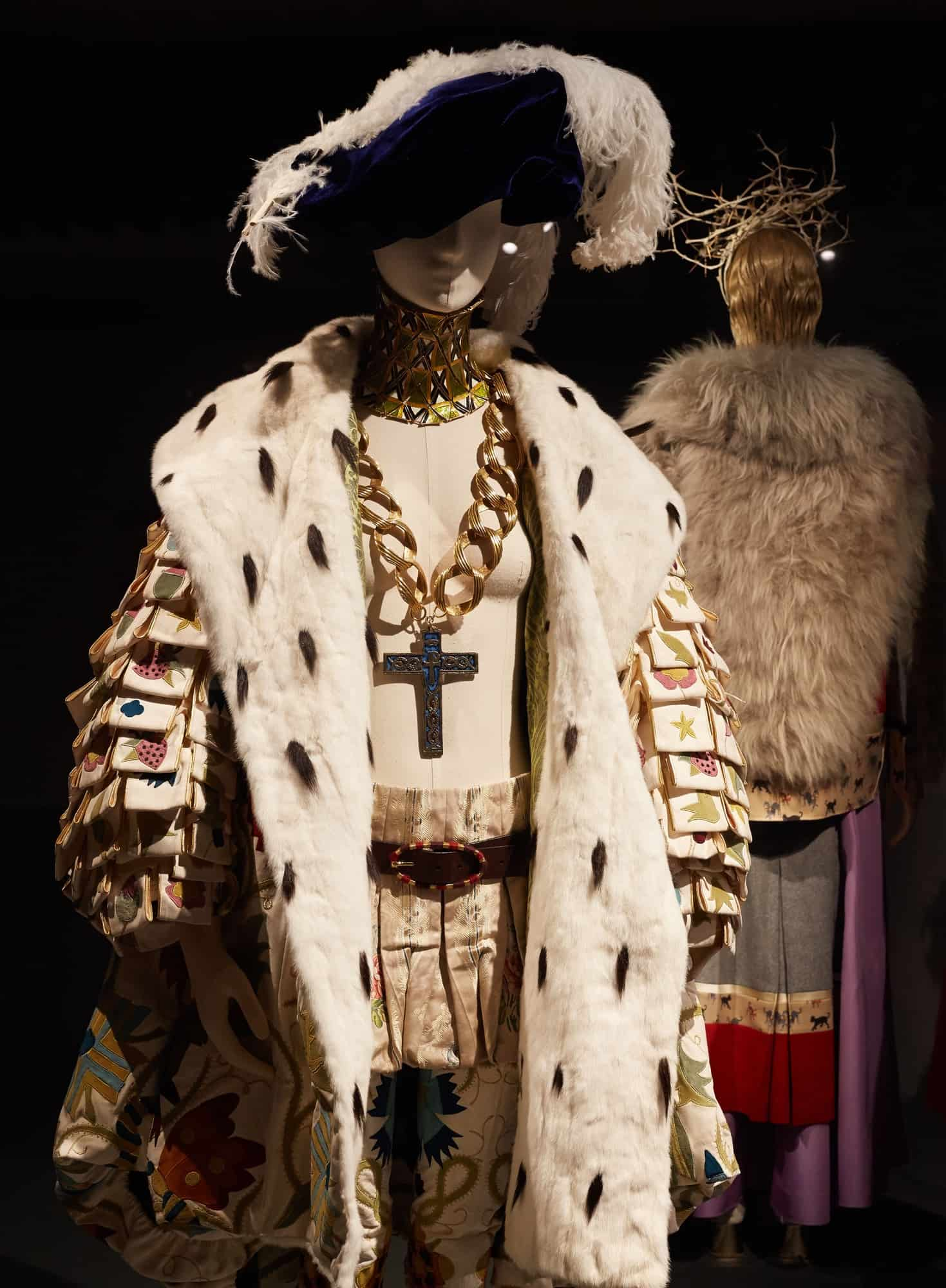 10-the-vulgar_fashion-redefined-barbican-art-gallery-2016-photo-michael-bowles_getty-images-copy