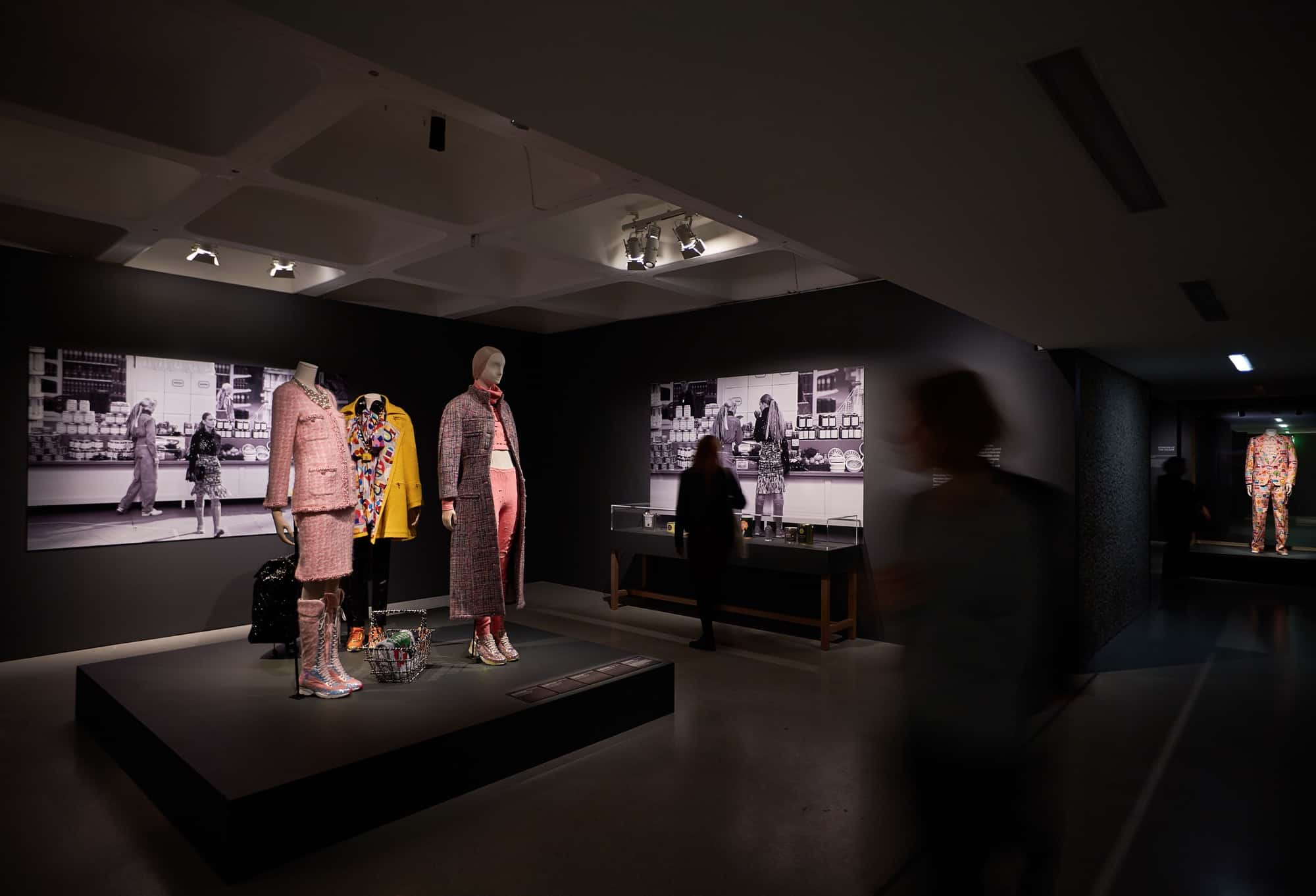 14-the-vulgar_fashion-redefined-barbican-art-gallery-michael-bowles_getty-images