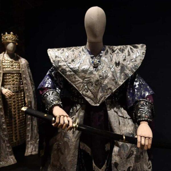bonaver bespoke bust forms la scala exhibition