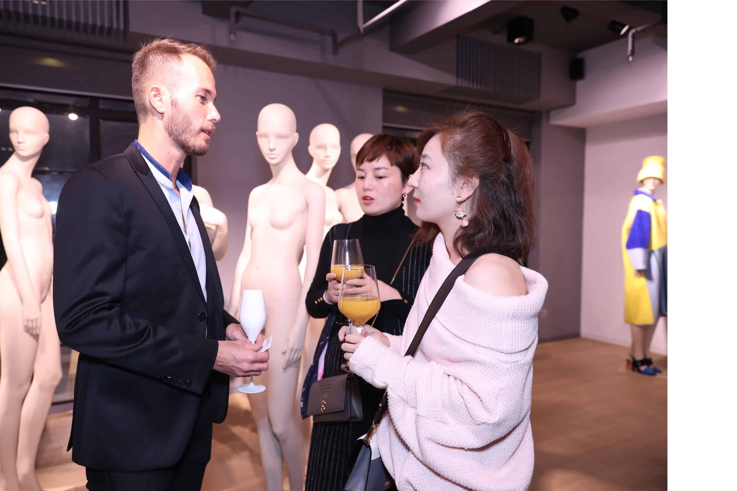 tribe-mannequins-shanghai-guests-21