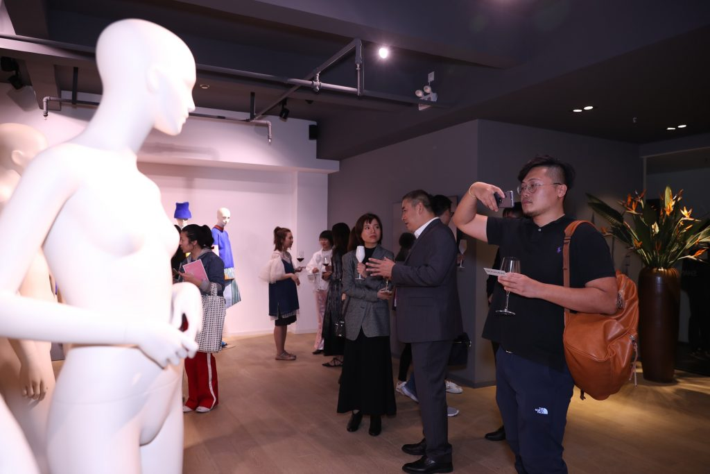 tribe-mannequins-shanghai-guests-27