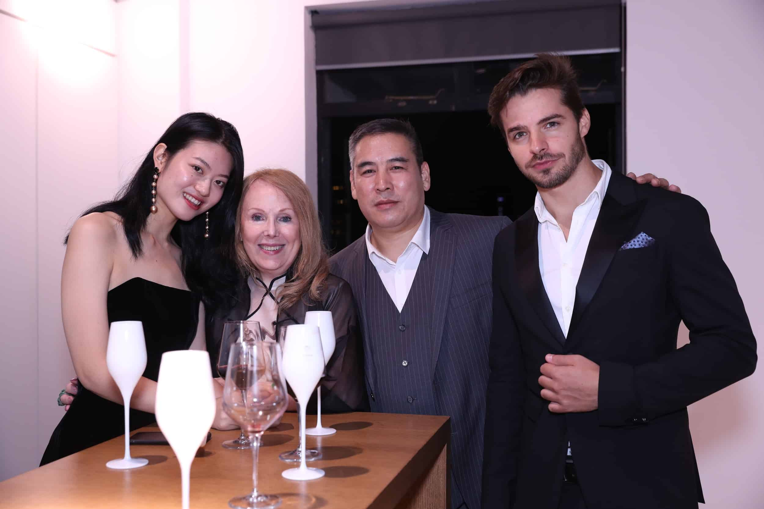 tribe-mannequins-shanghai-guests-32