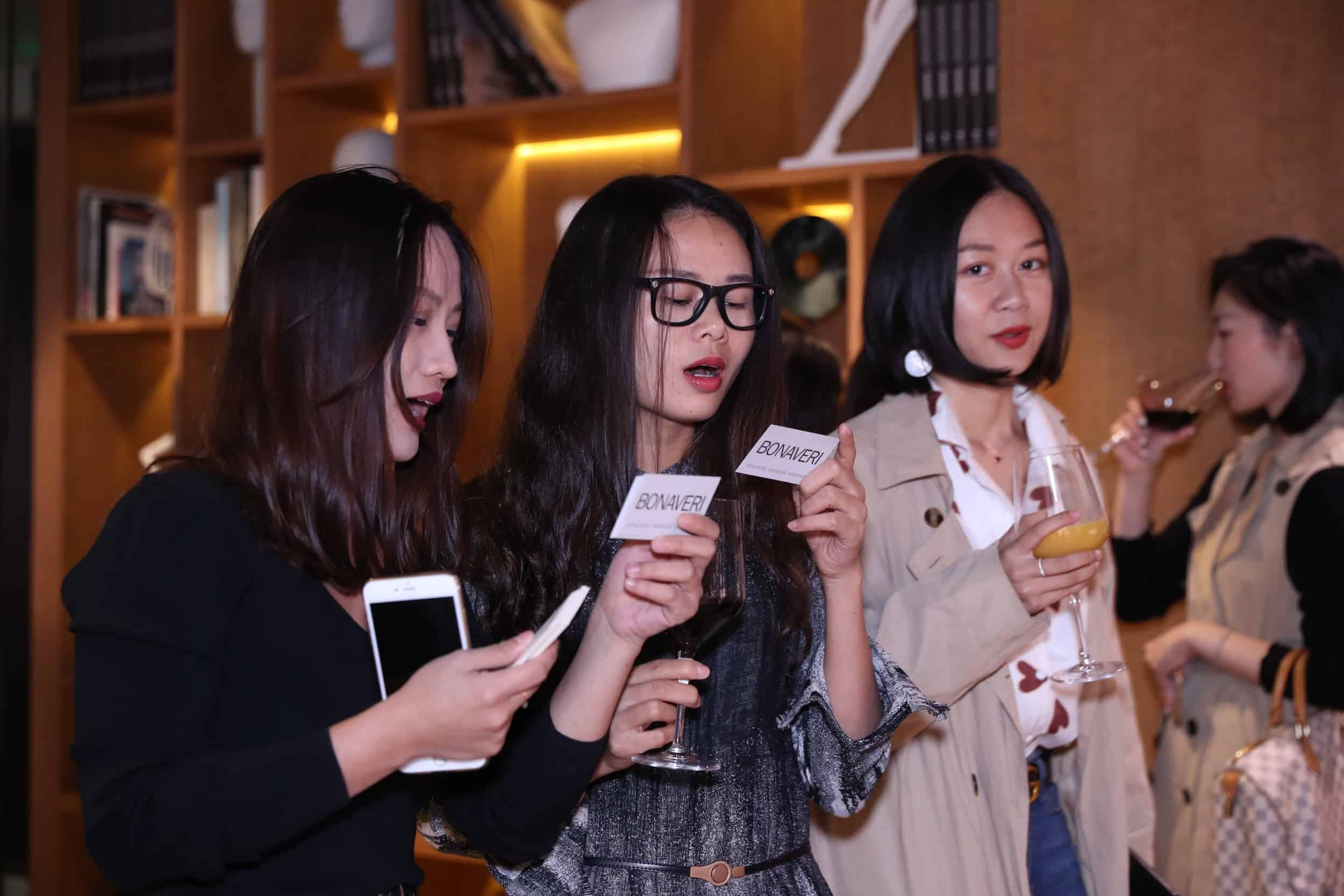 tribe-mannequins-shanghai-guests-33