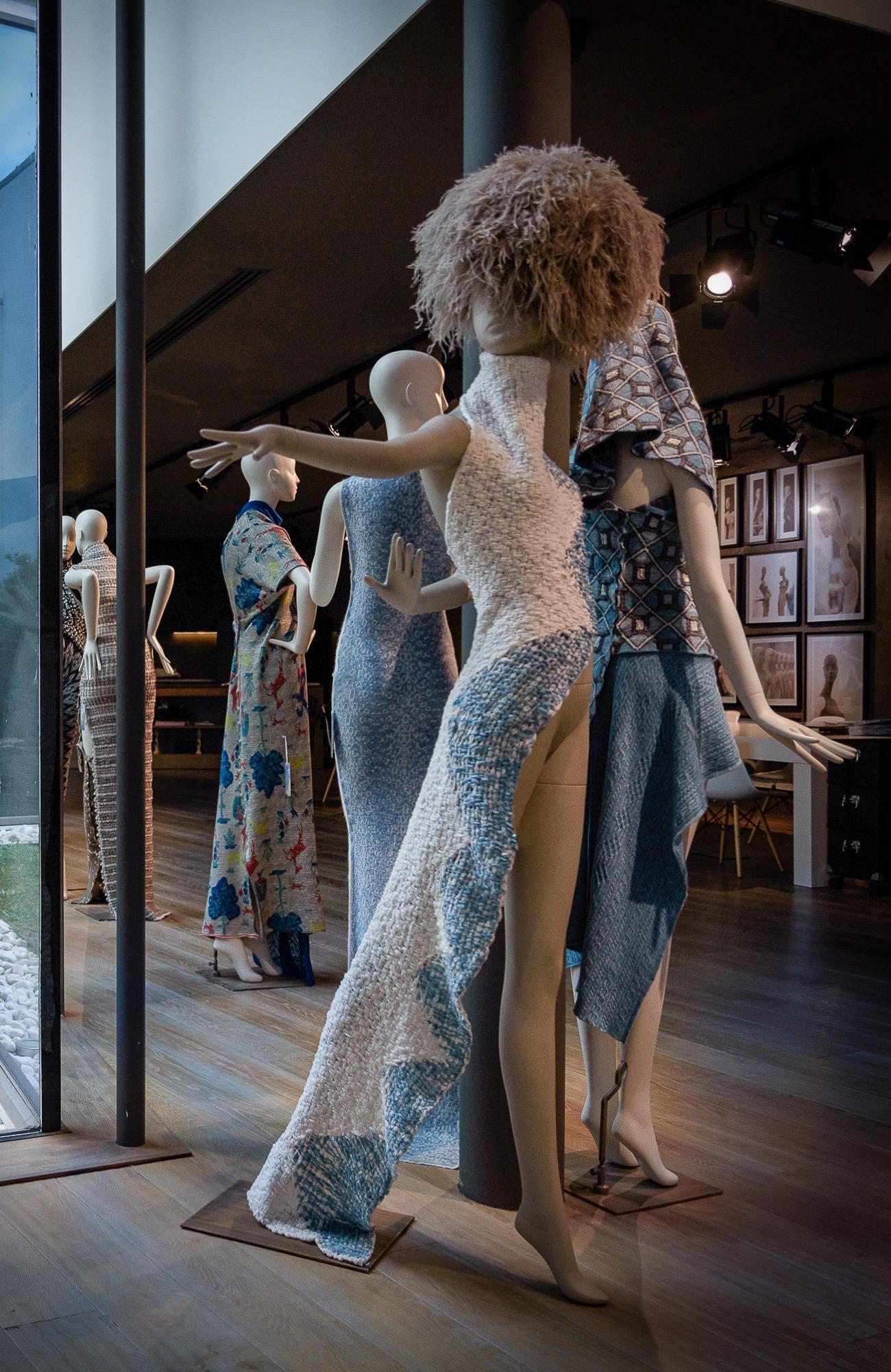 Schläppi 8000 Obsession female mannequin In Linea Piu yarns for exhibition at BonaveriMilano