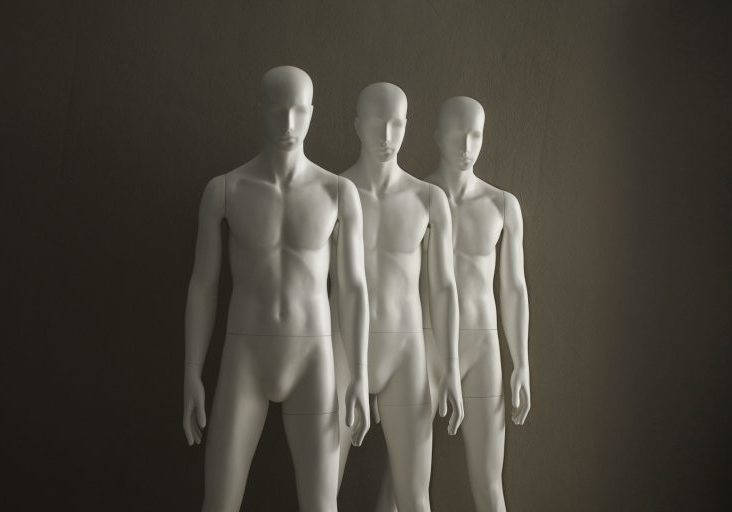aloof and noble mannequins 05