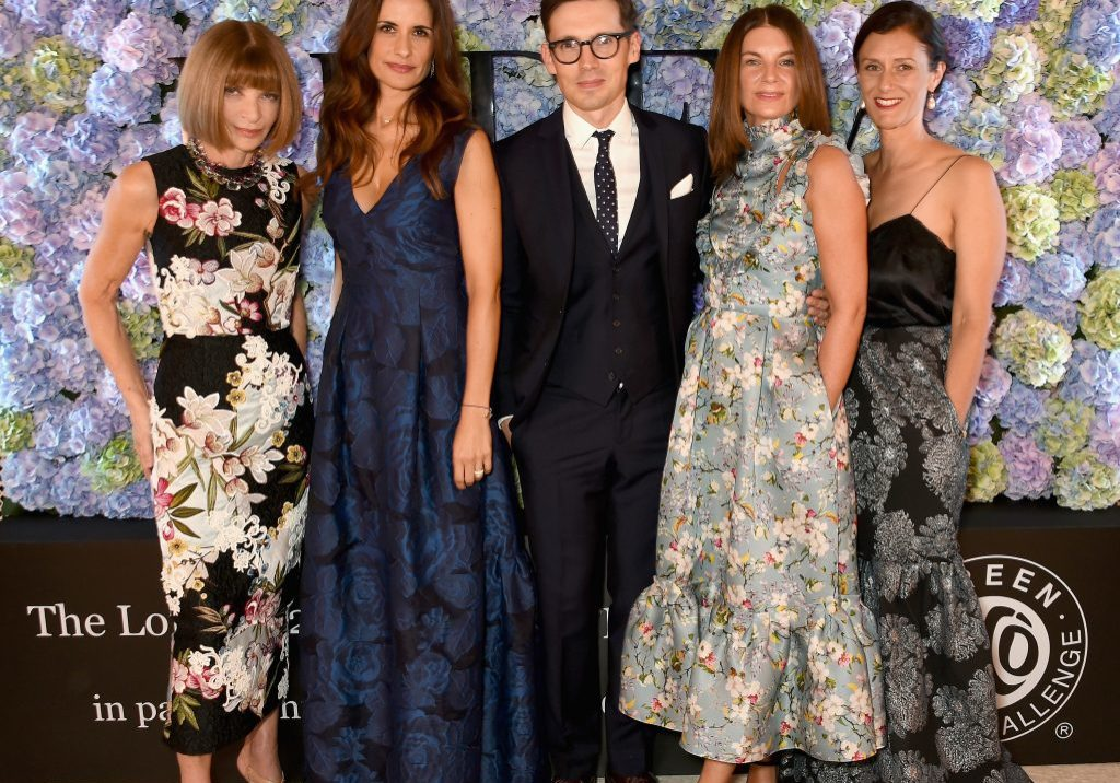 LONDON, ENGLAND - SEPTEMBER 21:  Anna Wintour, Livia Firth, Erdem Moralioglu, Natalie Massenet and Sally Singer attend the London 2015 Green Carpet Collection By Erdem in partnership with Mercedes-Benz at the Wallace Collection on September 21, 2015 in London, England.  (Photo by David M. Benett/Dave Benett / Getty Images for Eco-Age/ERDEM) *** Local Caption *** Anna Wintour; Livia Firth; Erdem Moralioglu; Natalie Massenet; Sally Singer